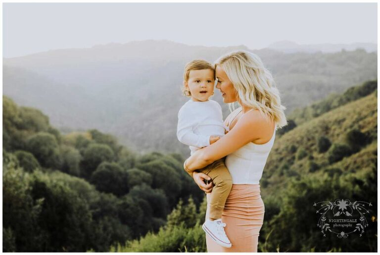 Gorgeous lifestyle family portraits by Nightingale Photography in the Bay Area